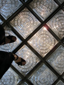 How to choose your commercial flooring for Glass block floor