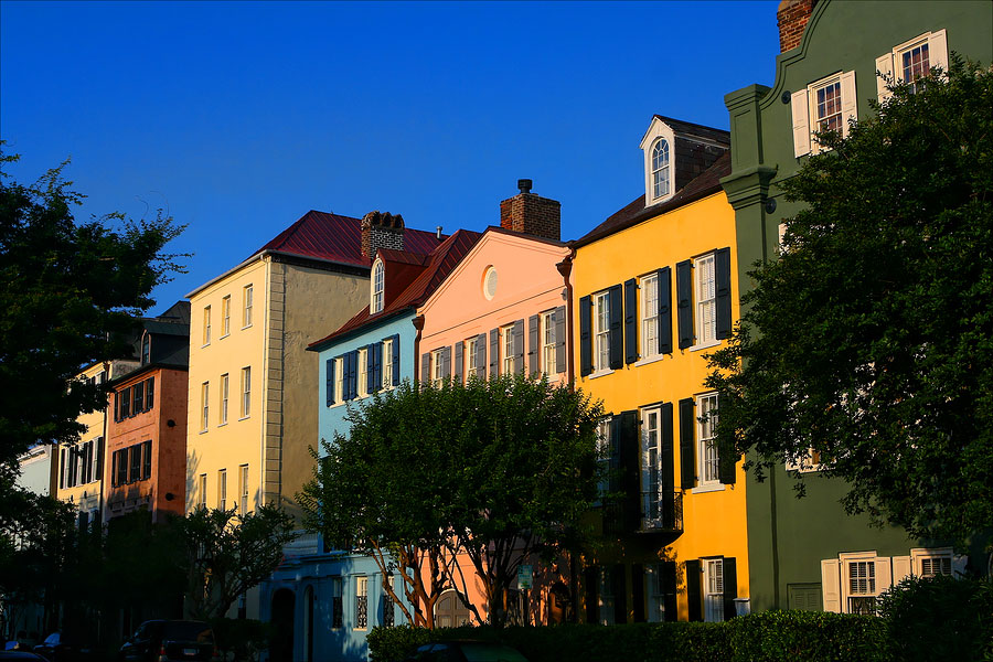 How the Use of Colors Transformed Charleston's Iconic Landmark Rainbow Row